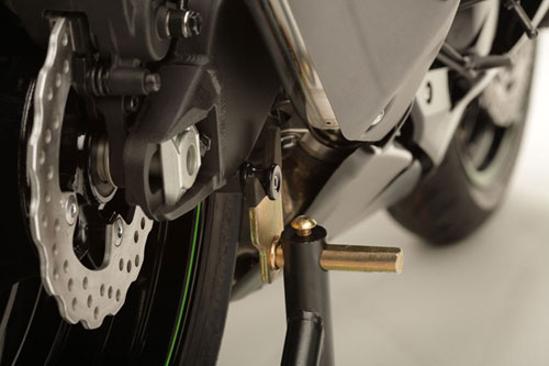 09-12 Kawasaki ZX6R Shogun Motorsports Spool Sliders Black